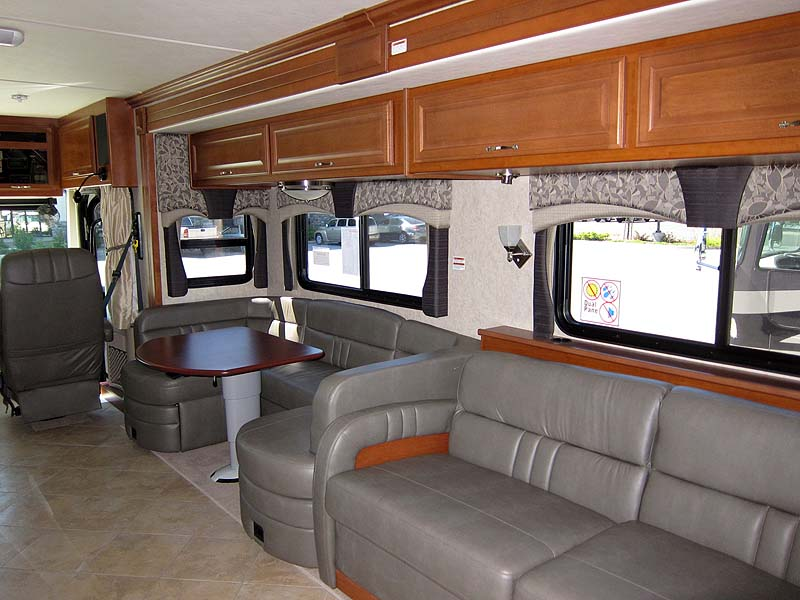 Demartini Rv Sales Fleetwood Discovery 40g